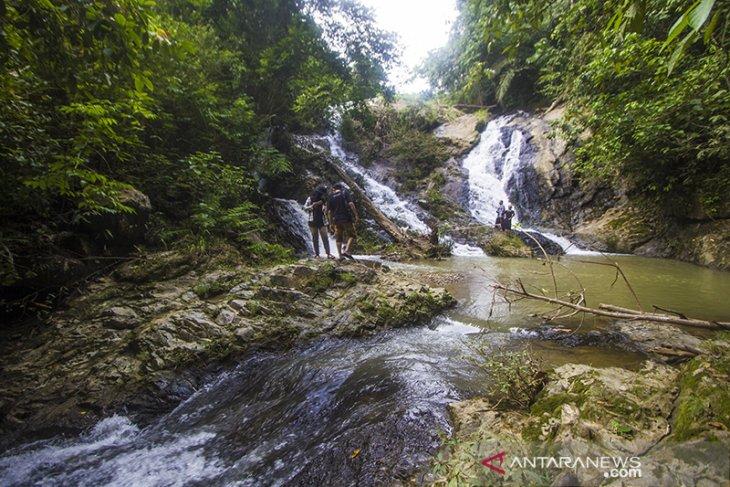 Air Terjun Riam Rampah Tarawi