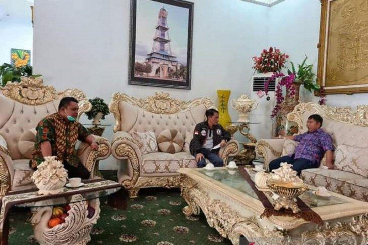 Pemkab Gorontalo-Minahasa Tenggara bahas kerja sama pertanian