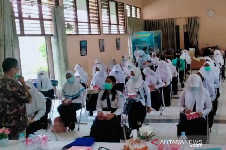 40 peserta di HSS ikuti Bengkel Sastra Balai Bahasa Kalsel
