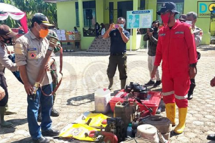 Forkopimda Tanjabtim cek peralatan pemadam kebakaran di Posko Sadu