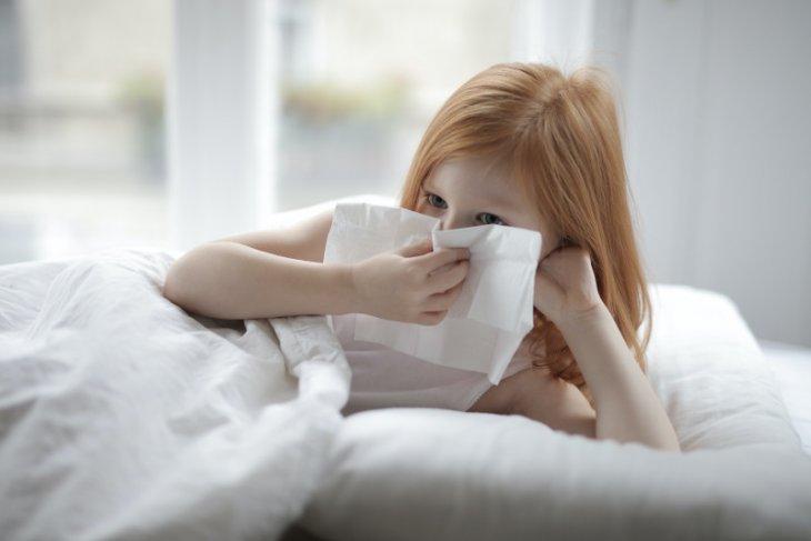 Dokter: serupa tapi tak sama, ini perbedaan flu biasa dan influenza