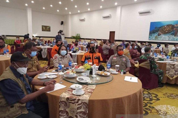 BPBD Papua Barat sertifikasi relawan COVID-19 Sorong dan Raja Ampat