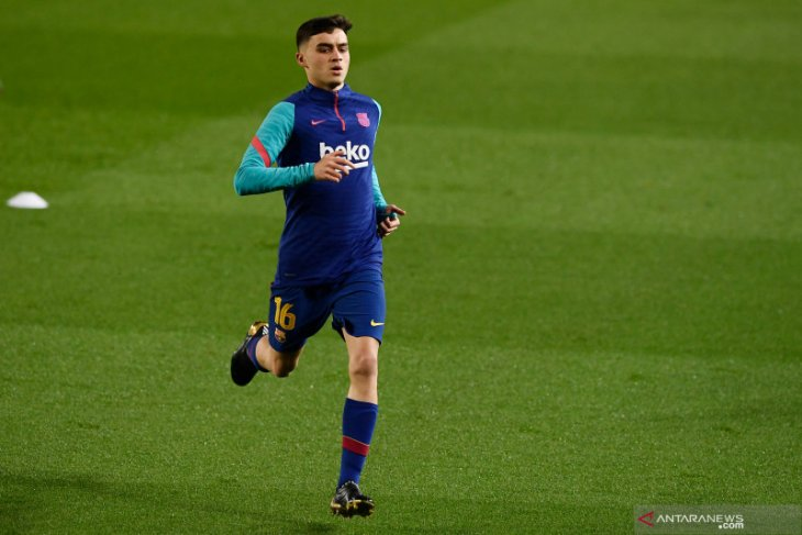 Pemain Barcelona Pedri enggan dibandingkan dengan Andres Iniesta