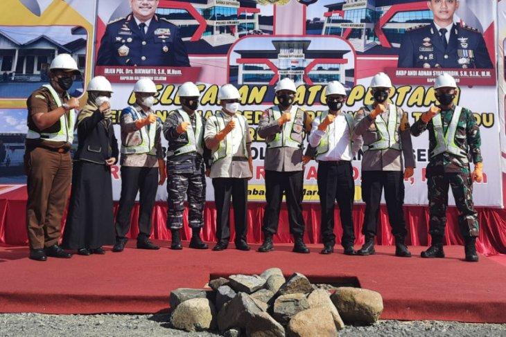 DPRD dukung pembangunan Gedung pelayanan terpadu Polres Kotabaru