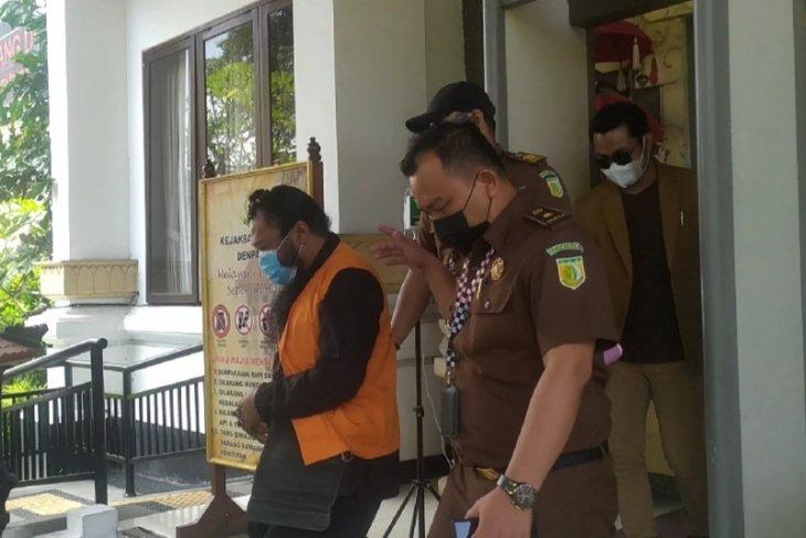 Terdakwa kasus pencabulan berkedok spiritual terancam 9 tahun penjara