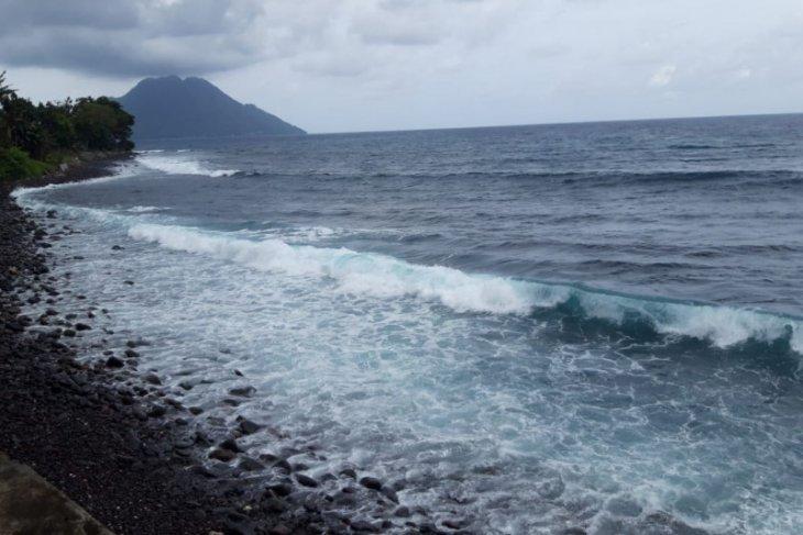 BMKG : Gelombang ekstrem lebih enam meter di NTT akibat Siklon Seroja