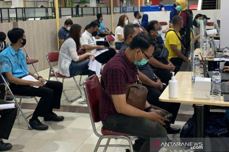2.250 karyawan tenant mal dan pedagang di Kota Bogor divaksinasi