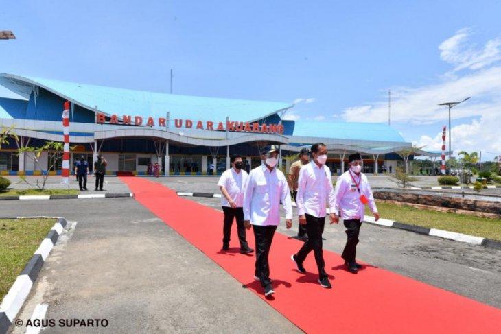 Presiden resmikan terminal Bandara Kuabang di Maluku Utara