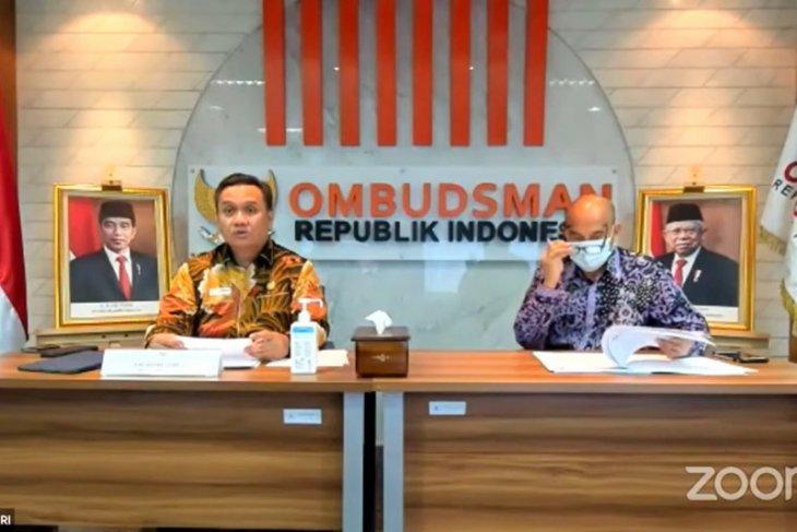 Ombudsman: pemerintah sebaiknya tunda keputusan impor beras