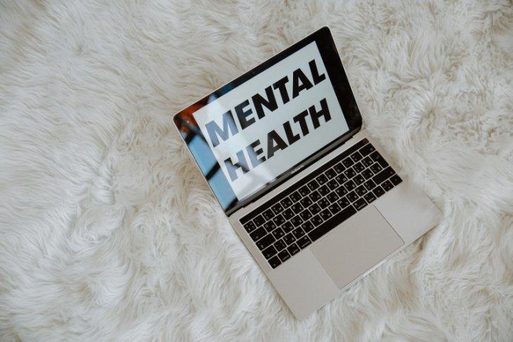 Tanggapi kesehatan mental seseorang dengan empati