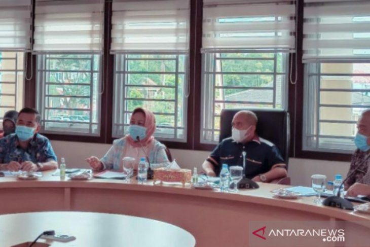 Walikota Pangkalpinang pimpin FGD kegiatan strategis sekretariat daerah