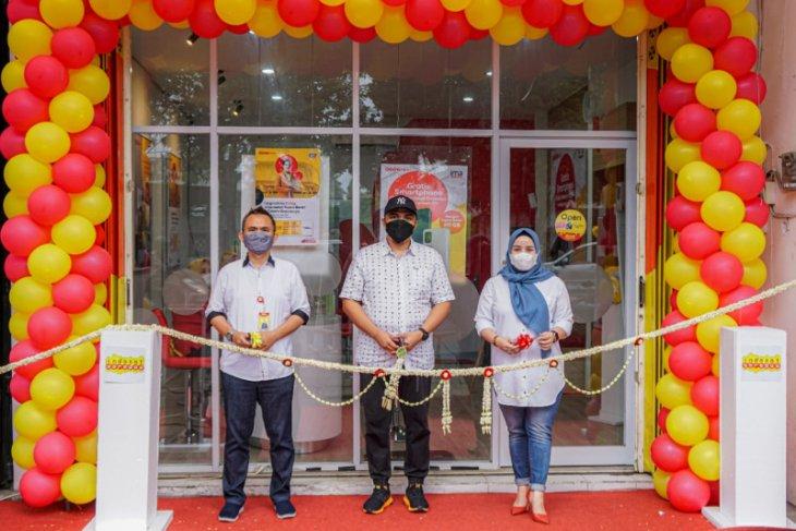 Buka gerai layanan, Indosat Ooredoo dekati pelanggan di Pamekasan