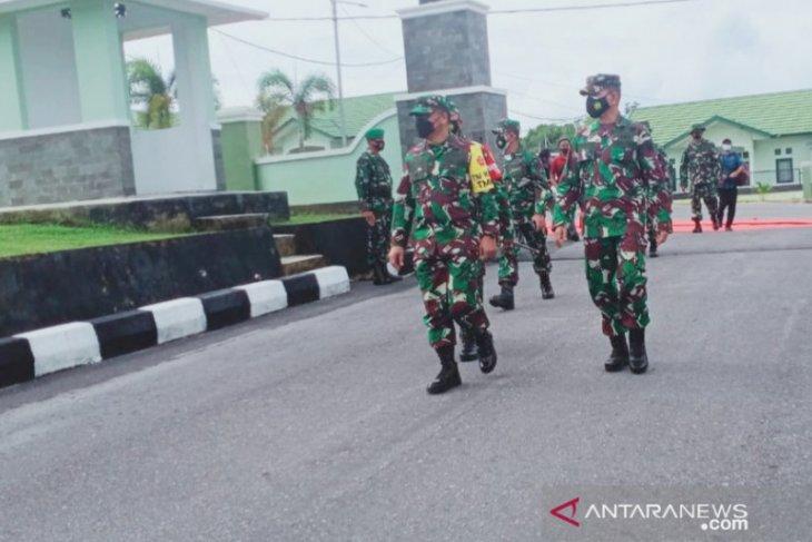 Brigjen TNI Sulistiyono Tinjau Kegiatan TMMD di Bangka Barat