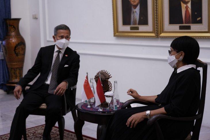 Singapore backs plan for ASEAN Summit on Myanmar