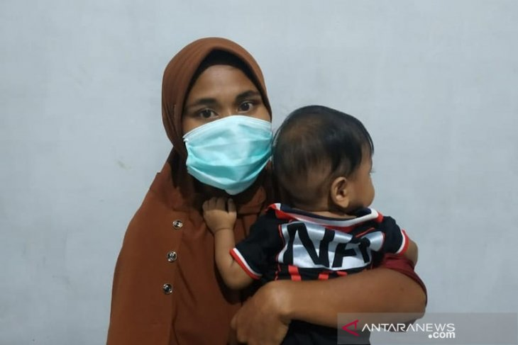 Seorang wanita jalani hukuman penjara dengan membawa anak bayi