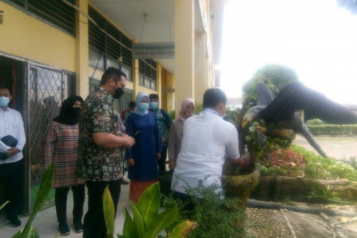 Waka DPRD minta pihak sekolah terapkan prokes yang ketat