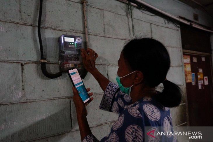 PLN ganti 38 pembangkit listrik BBM di Maluku menjadi tenaga surya