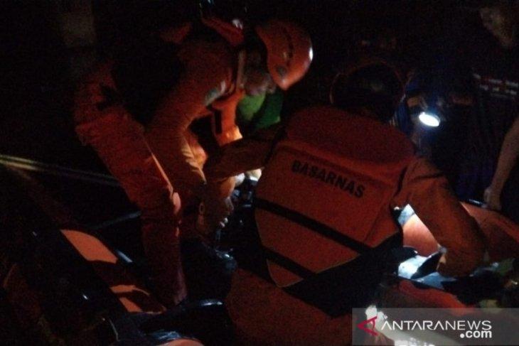 Basarnas gunakan perahu karet untuk evakuasi warga terdampak banjir Gorontalo Utara