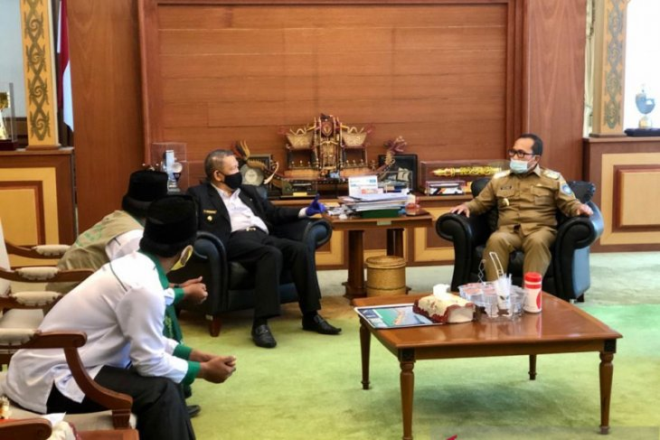 Wakil Bupati Kubu Raya apresiasi kebijakan tes usap santri