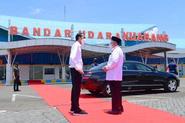 Gubernur Malut usulkan akses jalan tol Sofifi -- Bandara Kuabang ke Presiden Jokowi