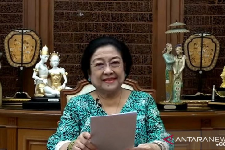 Megawati ingatkan anak muda tak takut berkreasi