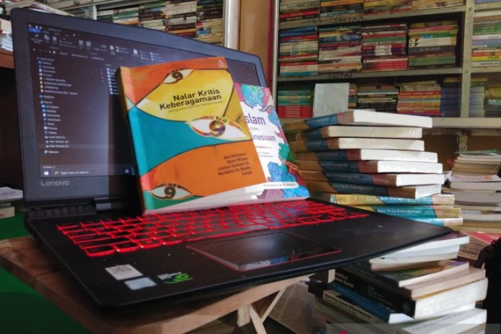 ISNU Ponorogo luncurkan dua buku