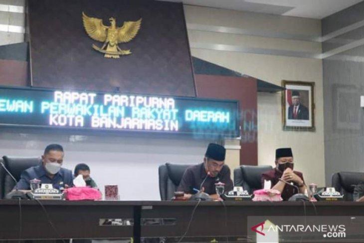 Advertorial- DPRD Banjarmasin gelar rapat paripurna penyampaian LKPj Wali Kota  2020