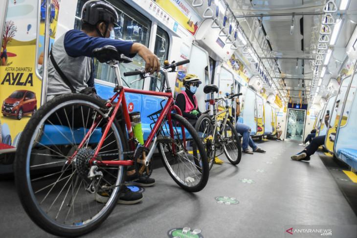 MRT Jakarta strives to offer better access to non-foldable bikes