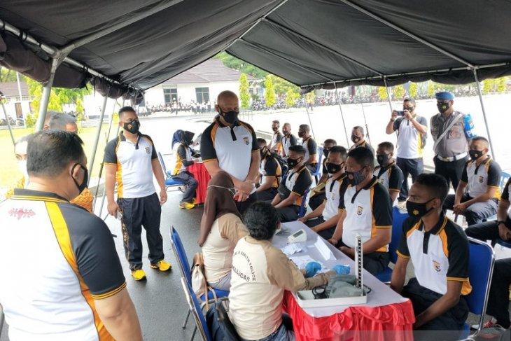 Vaksinasi COVID-19 personel Polda Maluku dilaksanakan tiga hari