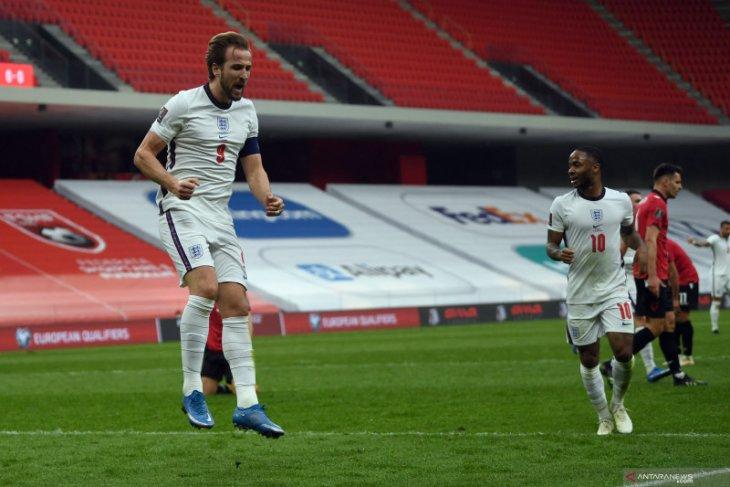 Inggris meraih tiga poin setelah tekuk Albania 2-0