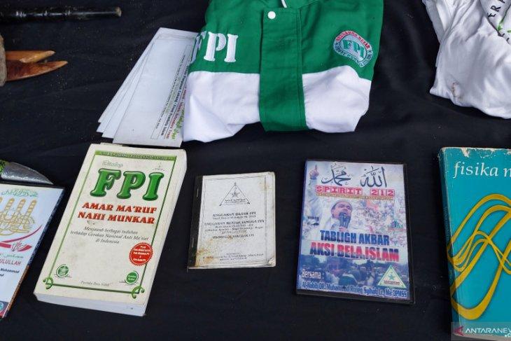 Kuasa hukum Rizieq: Temuan atribut FPI di Condet tidak bisa dikaitkan
