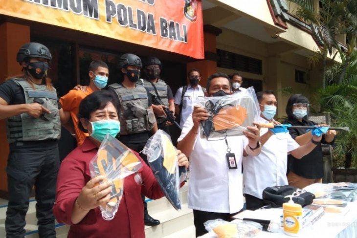 Polda Bali bekuk warga Bulgaria diduga bobol ATM