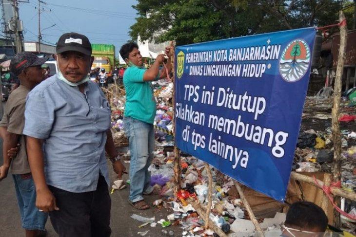 Banjarmasin tutup tiga TPS sampah karena dekat sungai dan ganggu lalin