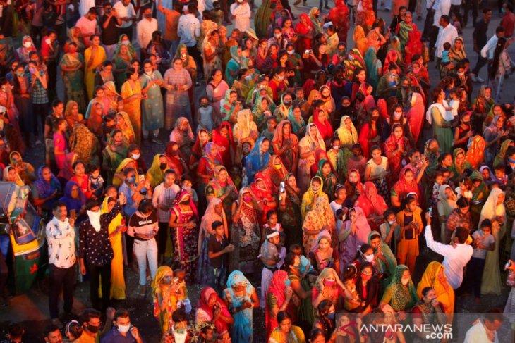 India sentuh rekor 103.558 kasus COVID-19 sehari