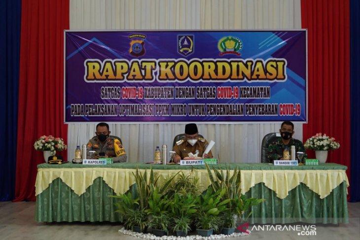 Bupati HSS pimpin rakor Satgas COVID-19 kabupaten dengan kecamatan