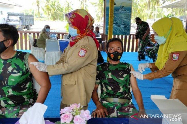 Prajurit-PNS-PHL Lanal Tanjungbalai Asahan divaksinasi tahap II