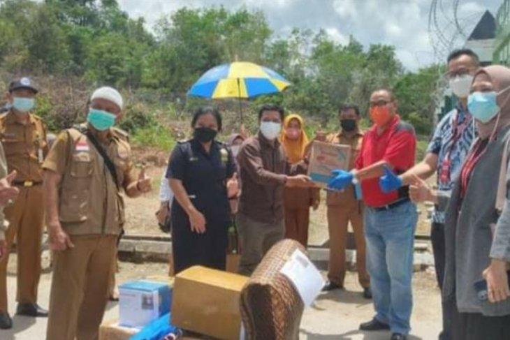 KJRI Kuching memfasilitasi ekspor perdana UMKM Singkawang ke Sarawak