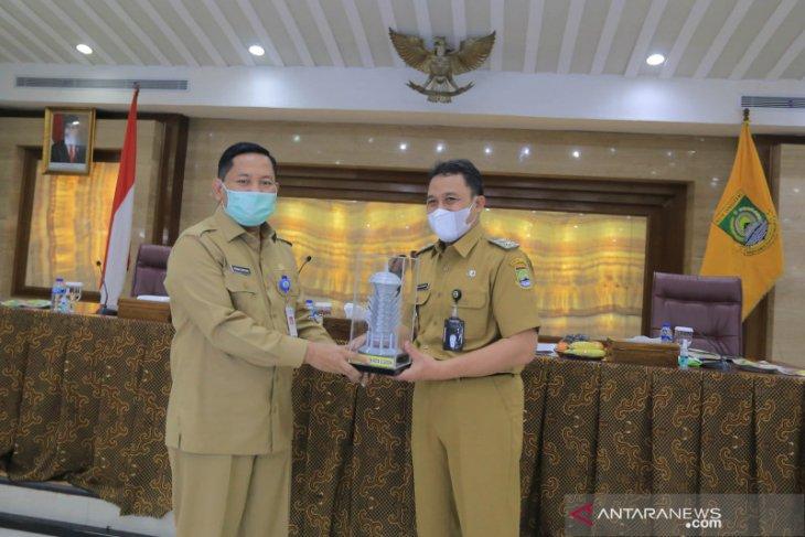 Pemkot Cilegon tertarik pengelolaan sampah Kota Tangerang manfaatkan lalat