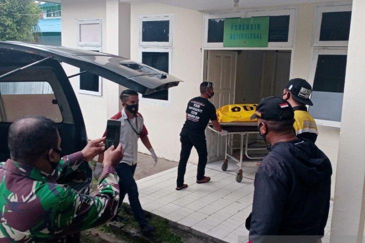 Polresta Pulau Ambon lidik identitas jasad wanita ditemukan di laut