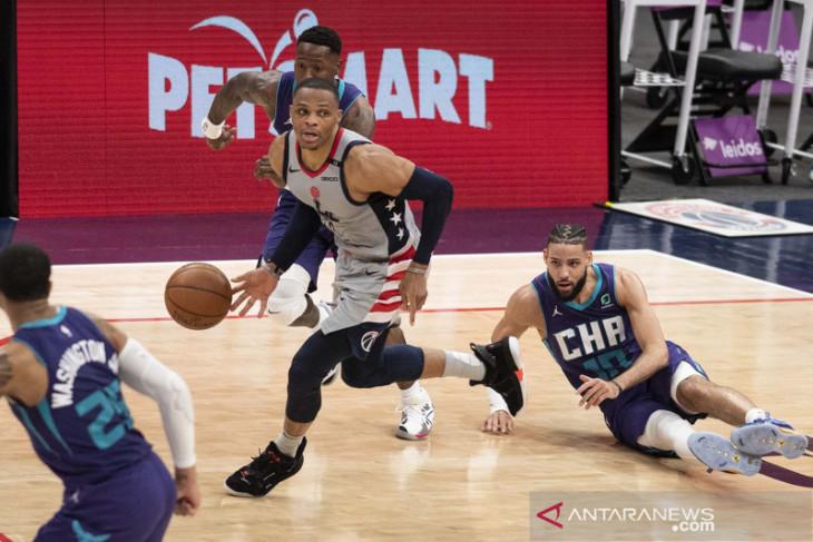 Basket NBA, Lakers pertimbangkan Russell Westbrook untuk bergabung