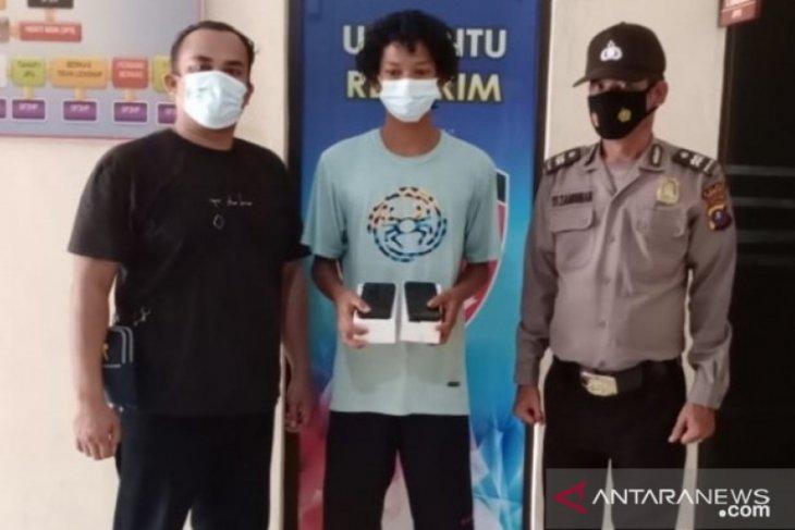 Pencuri terekam CCTv ditangkap Polsek Teluk Nibung