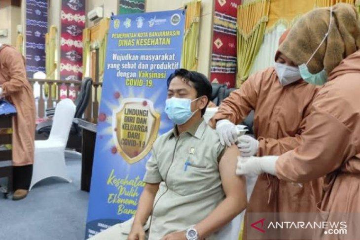 Advertorial- DPRD Banjarmasin ikut sukseskan program vaksinasi COVID-19