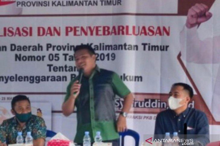 Syafruddin sosialisi Perda bantuan hukum kepada masyarakat di Balikpapan