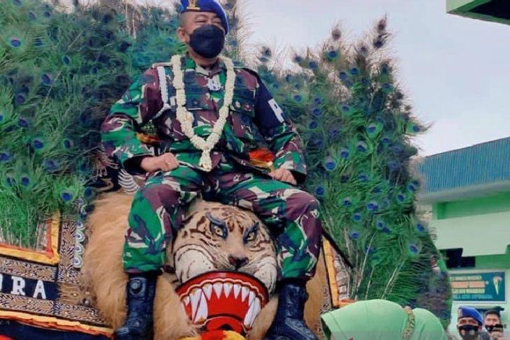 Santri tentara ini selalu berpegang pada nilai-nilai KHR As'ad