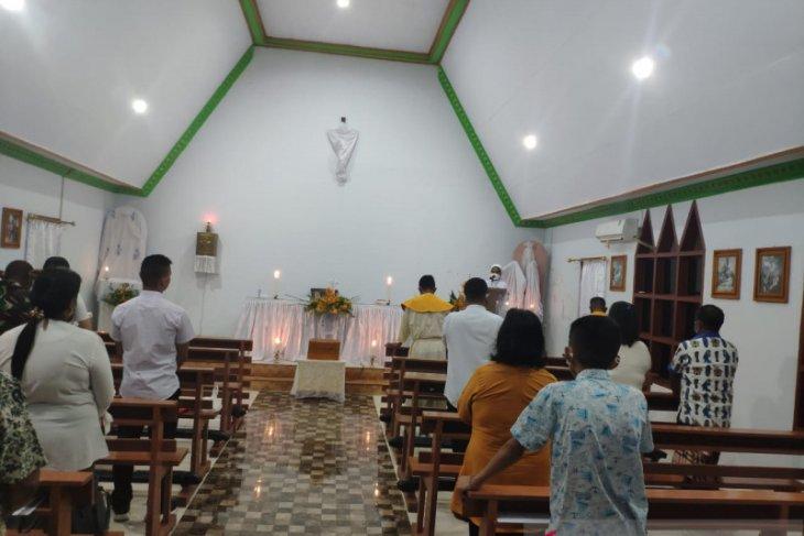 Umat Katolik Gorontalo Utara gelar misa Kamis Putih sesuai prokes