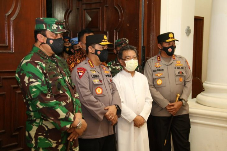 Kunjungi Sulut, Kapolri pastikan keamanan Malam Jumat Agung