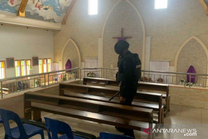 Polda Sultra amankan di sejumlah gereja
