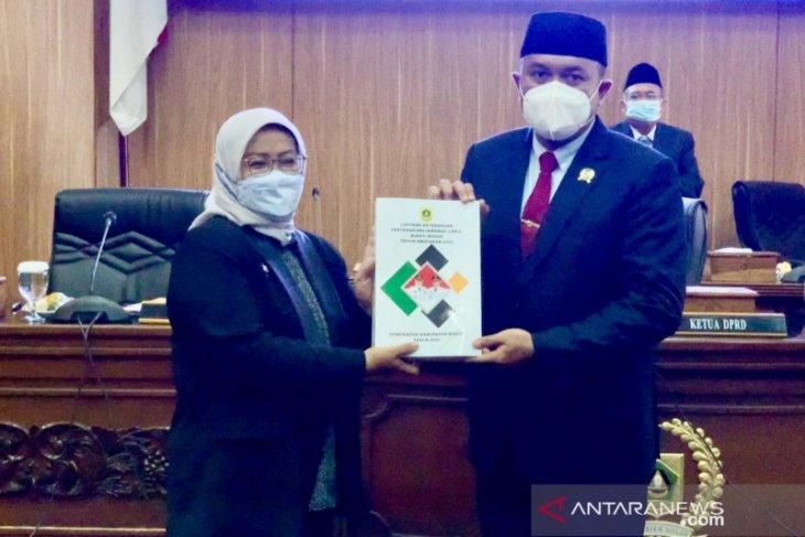 Bupati Bogor sampaikan LKPj 2020 kepada DPRD, anggap masa terberat selama menjabat