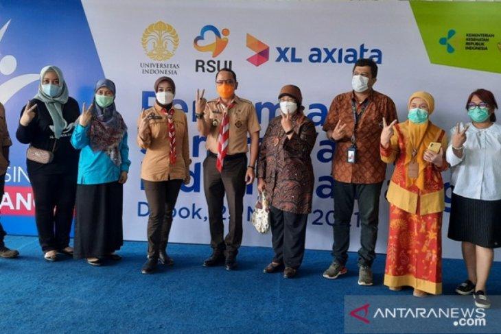 Atalia Praratya tinjau pelaksanaan Sentra Vaksin Indonesia Bangkit di RSUI