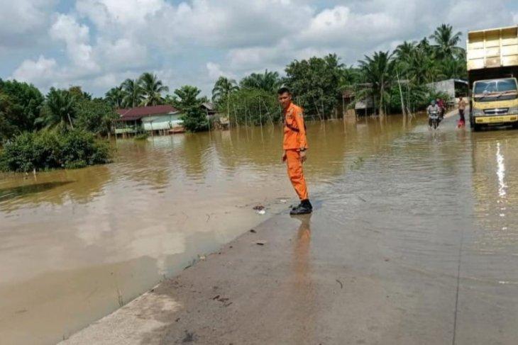 Sungai Batanghari di Jambi berstatus siaga II banjir